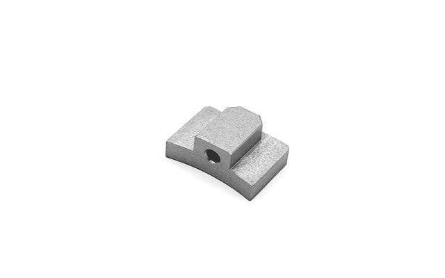 Spacer for clamp tensioner