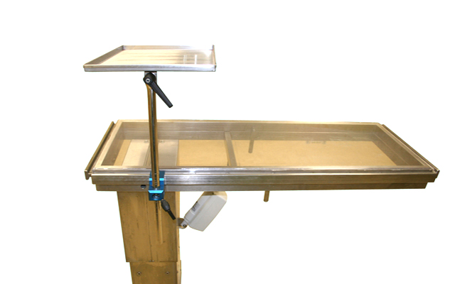 Surgical tray 300x400 mm